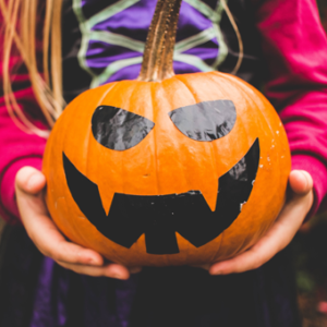7 Reasons Every Introvert Hates Halloween | #StreamTeam via SHUGGILIPPO.com