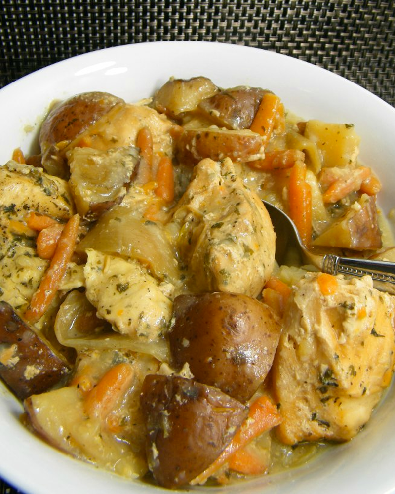 50 Slow Cooker Chicken Recipes via www.shuggilippo.com